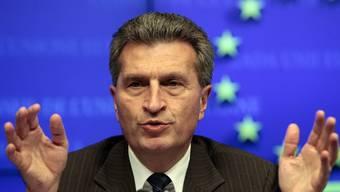 Oettinger will einheitliche Regeln für einen freien Strommarkt