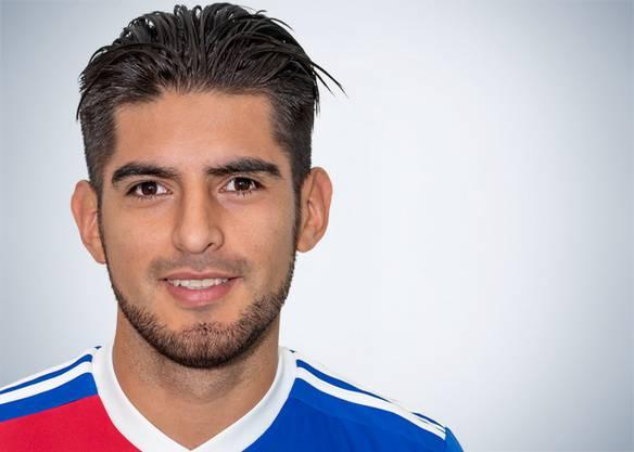 Spielt zum ersten Mal von Beginn an für den FC Basel. Wirkt in all seinen Aktionen souverän. Doch die Gegner machen es ihm auch nicht schwer.