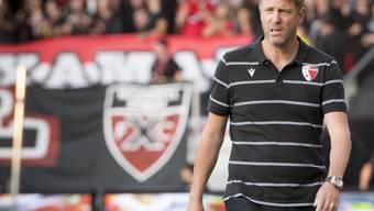 Stephane Henchoz, letzte Saison noch Trainer bei Xamax, kehrte als Headcoach des FC Sion erfolgreich nach Neuenburg zurück