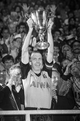 YB wird 1986 Schweizermeister und darf somit am «Europacup der Meister» teilnehmen.