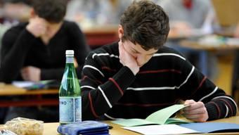 Künftig gibt es gemeinsame Richtlinien für Gymnasien-Prüfungen im Bildungsraum Nordwestschweiz. (Symbolbild)