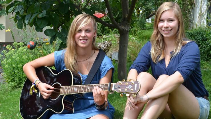 Elena Gerster und Nadine Lüthy, die zwei jungen Solothurner Musikerinnen von «Laborious Unplugged».