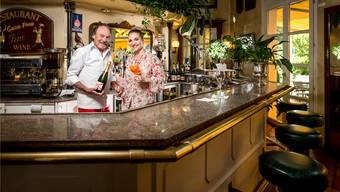 Heinz Witschi kochte schon für Persönlichkeiten wie dem Sultan von Brunei oder Prinz Philip. Seine Tochter Laura betreibt im «Witschi's» nun eine Bar und Lounge.