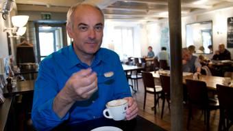 «Baseltor»-Leiter Franz Herger trinkt den Kaffee gerne im «eigenen» Haus in Solothurn.