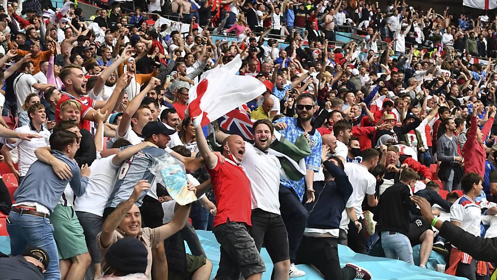 UEFA hält an Zuschauerplänen fest