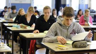 Baselland hat den Prüfungsstart vorläufig bis 18. Mai,Basel-Stadt bis 20. Mai sistiert.