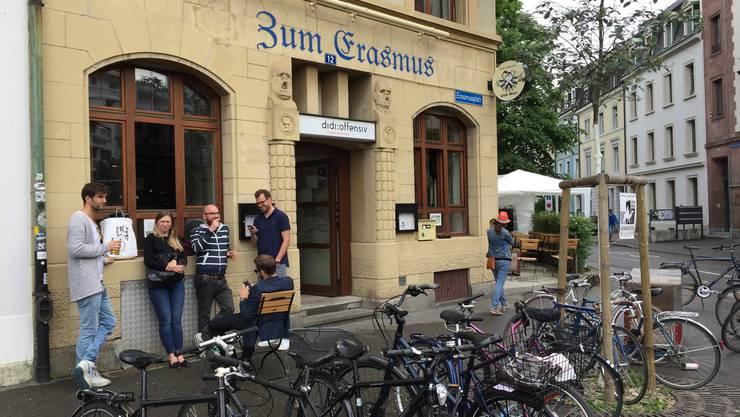 Das Didi Offensiv am Erasmusplatz zeigt die EM-Spiele.