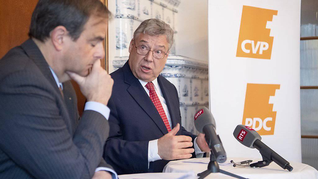 CVP-Fraktionschef Filippo Lombardi (rechts) warnt davor, die Aussenpolitik für die eigene Profilierung zu benutzen.