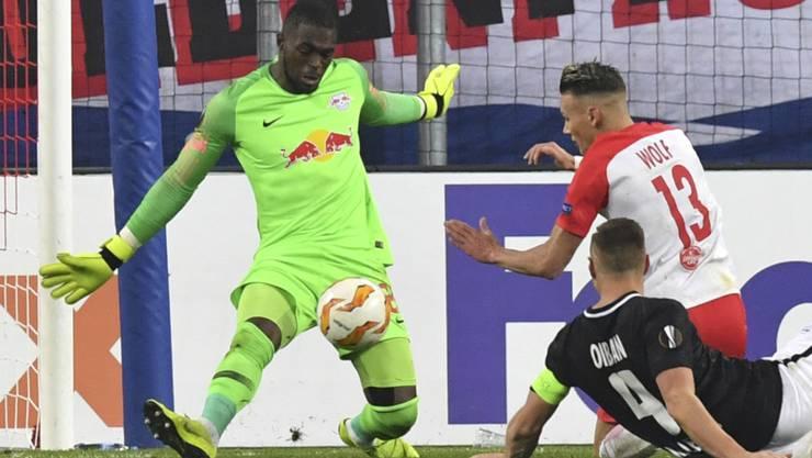 Yvon Mvogo kam beim 3:0-Sieg gegen Hannover zu seinem zweiten Bundesliga-Einsatz für RB Leipzig