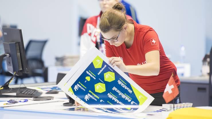Drucktechnologin Janine Bigler aus Lenzburg holt an der Berufs-WM in ihrer Kategorie die Bronzemedaille.