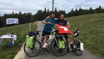 Die beiden Grenchner Samuel Willi und Daniel Moser fahren mit de Velo ans Nordkapp