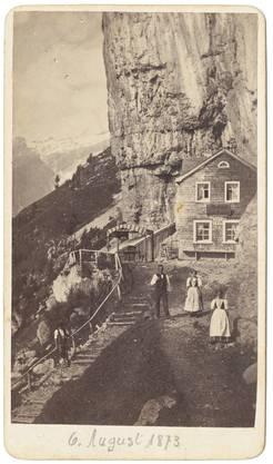 Das Berggasthaus Aescher in einer Aufnahme aus dem Sommer 1873.