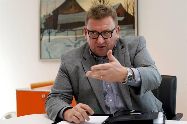 Jürg Aebi, CEO des Kantonsspitals Baselland, wird zurücktreten. Private Gründe werden angeführt.