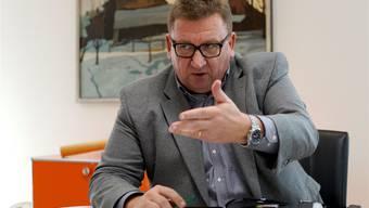 «Werden auch auf dem Bruderholz das gewohnte Angebot bieten»: Spital-CEO Jürg Aebi gibt sich im Interview demonstrativ zuversichtlich.