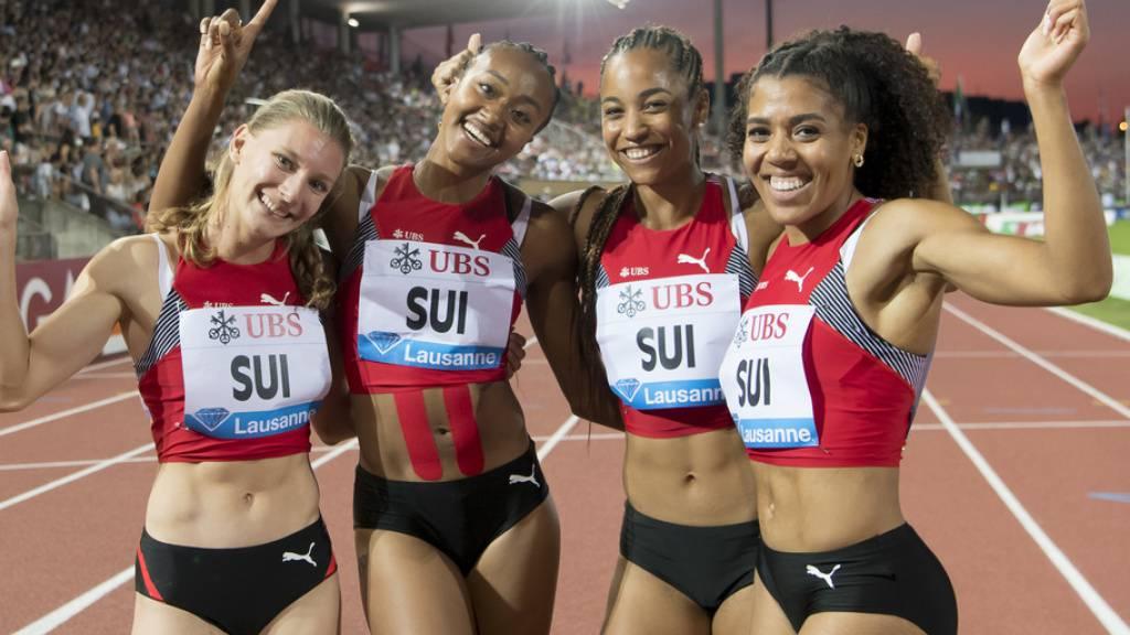 Die Schweizer 100-Meter-Sprintstaffel mit Mujinga Kambundji, Salome Kora, Sarah Atcho and Ajla Del Ponte (von rechts) an der Athletissima 2019. (Archivbild)
