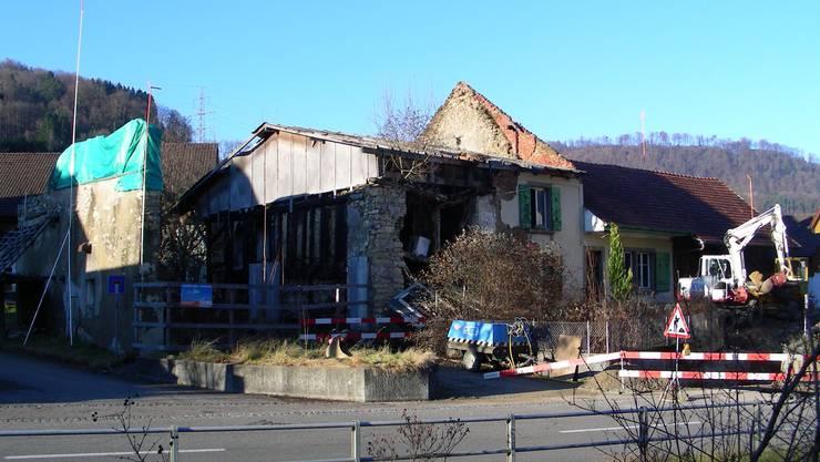 Vorher: Brandruine – bis vor wenigen Wochen – in Wittnau. (chr/Archiv)