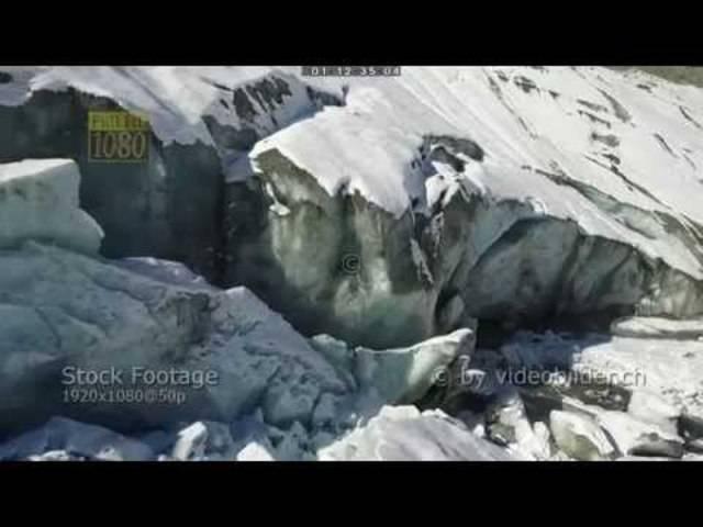 Luftaufnahmen vom Morteratsch-Gletscher