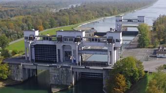 Die Schleusenanlage von Kembs stammt von 1932. 2016 wird die grössere Schleuse saniert.