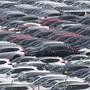 Die Anzahl der neu in Verkehr gesetzten Autos in der Schweiz und im Fürstentum Lichtenstein ist im Mai gegenüber dem Vorjahresmonat zwar leicht gewachsen, aber nicht mehr so stark wie in den beiden Vormonaten März und April. (Symbolbild)