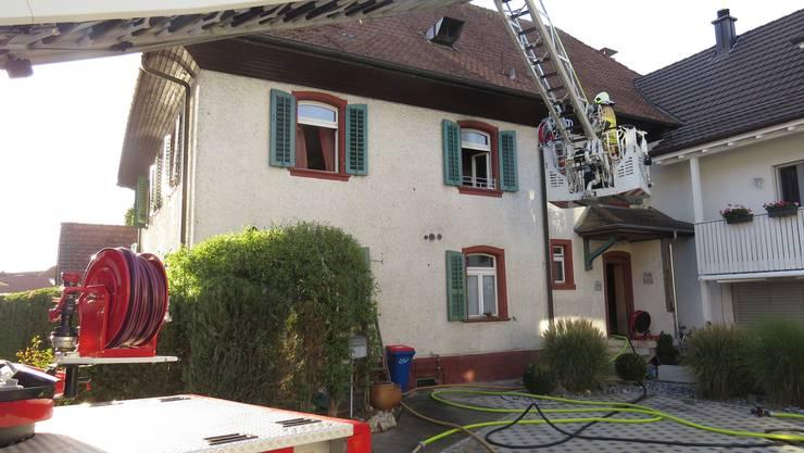 In diesem Mehrfamilienhaus brach der Küchenbrand aus.