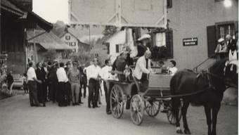 Hoch zu Ross: Vermutlich 1967 nach Heimkehr vom Kantonalen Schützenfest Aargau (3)