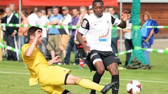 Der Aarauer Joy-Slayd Mickels (rechts) wurde im Sommer als Perspektivspieler verpflichtet, machte aber bisher nur mit negativen Schlagzeilen auf sich aufmerksam.