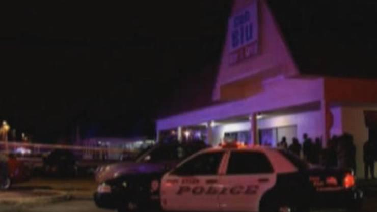 In einem Nachtclub in Florida fielen Schüsse. Nach Medienberichten wurden mindestens zwei Menschen getötet.