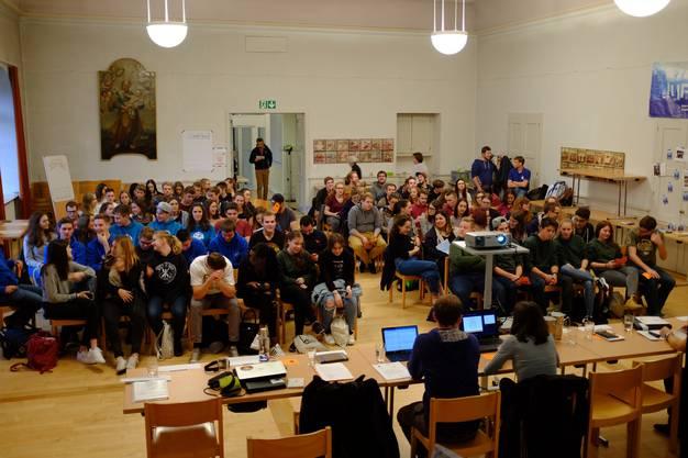 Mit über 100 Delegierten war der Josefs-Saal in Olten gut gefüllt