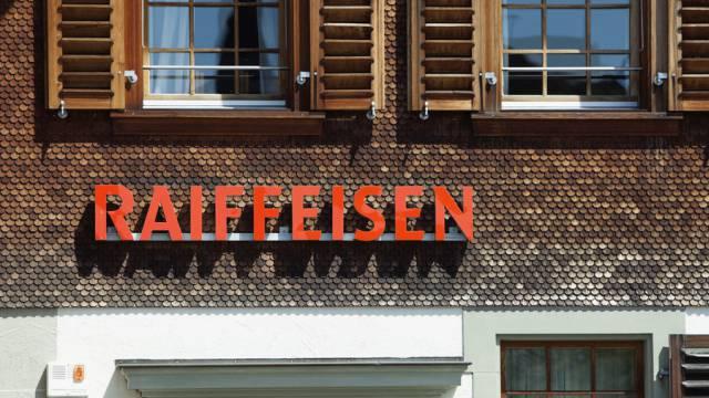 Eine Filiale von Raiffeisen (Archiv)