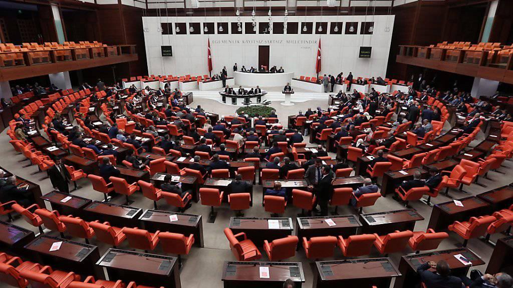 Debatte über Präsidialsystem in Türkei