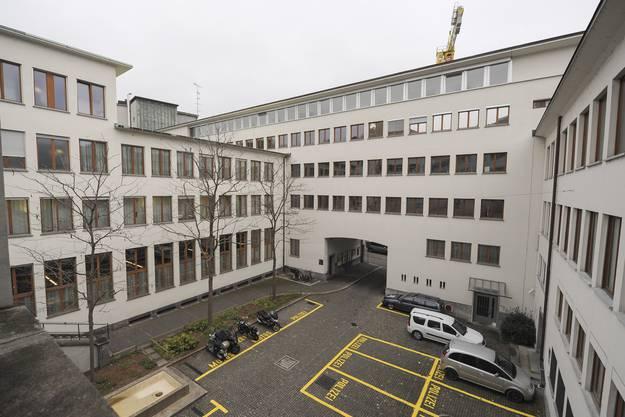 Der Spiegelhof, Sitz des fusionierten JSD Martin Toengi
