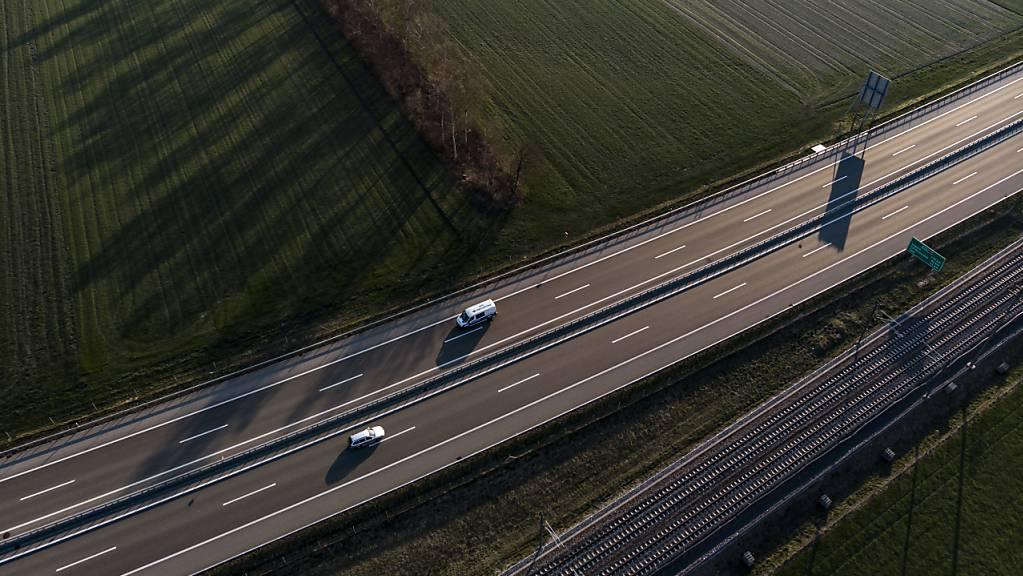 Der erste Lockdown im Frühling 2020 führte auch auf den Thurgauer Strassen zu einem starken Rückgang des Verkehrs (Symbolbild).
