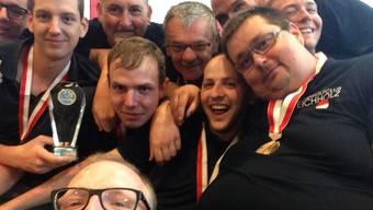Die Spieler von Eichholz Gerlafingen hielten ihre Freude nach dem Meistertitel auf einem Selfie fest.