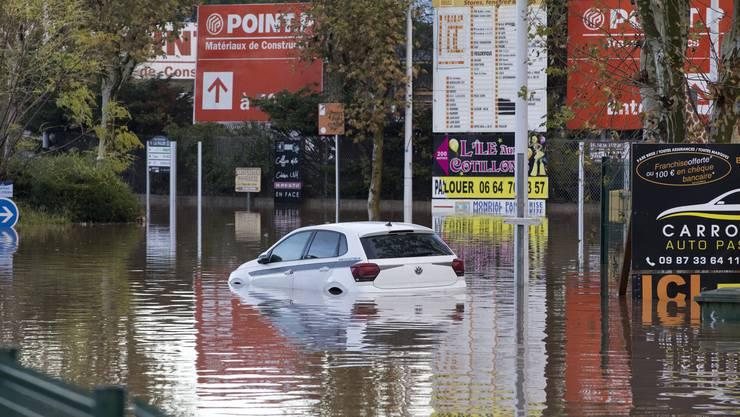 Die südfranzösischen Départements Var und Alpes-Maritimes wurden von starken Regenfällen heimgesucht.