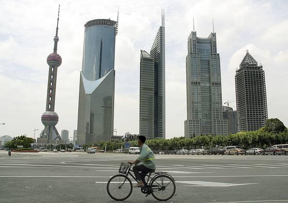 8.) Sie leben in den USA oder in Asien