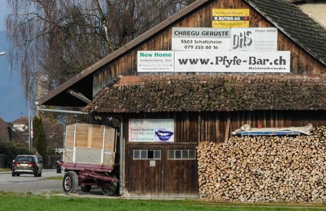 ...in Schafisheim wird weiterhin für das Lokal geworben.
