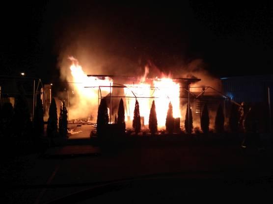 Villmergen AG, 25. Februar: Das Feuer zerstörte das Lokal komplett. Dieses war zum Zeitpunkt geschlossen.