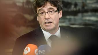 Nach dem Erfolg der Separatisten bei der Neuwahl im Dezember war Puigdemont vom katalanischen Parlamentspräsidenten Roger Torrent zum Kandidaten ernannt worden. Am Dienstag erlitt er aber einen schweren Rückschlag.