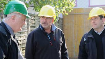 Hans Rudolf Gysin (l.) kontrolliert in Baselland Schwarzarbeit. Nun wird seine Arbeitsmarkt-Services selbst zum Kontrollfall.