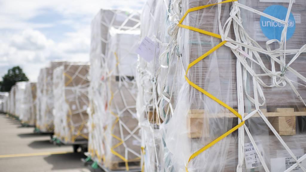 Schweiz transportiert 94 Tonnen Hilfsgüter nach Venezuela