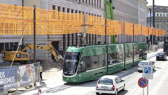 Die Gleise am Bankverein sind in miserablem Zustand – unklar ist, welche Rolle dabei die nahe Baustelle spielt.