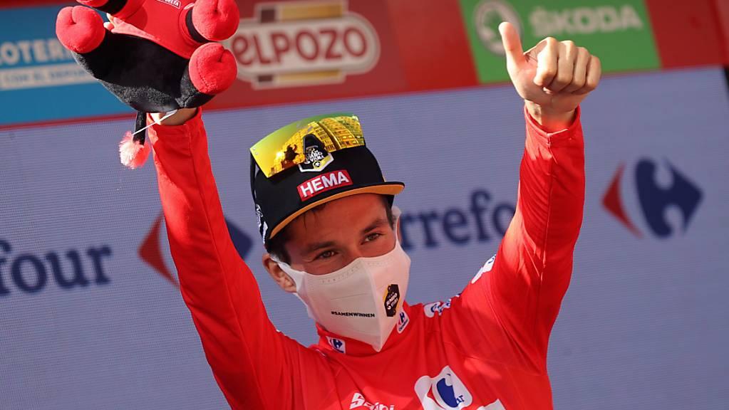 Daumen hoch: Topfavorit Primoz Roglic feiert an der diesjährigen Vuelta seinen zweiten Tagessieg