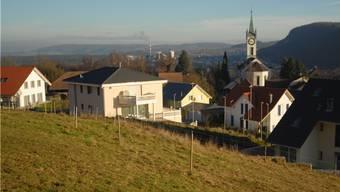 Blick auf das Dorf Rüfenach: Dort hiessen die Stimmberechtigten alle Geschäfte an der Sommergmeind gut.