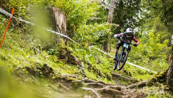 Action Downhill mit Noel Niederberger.