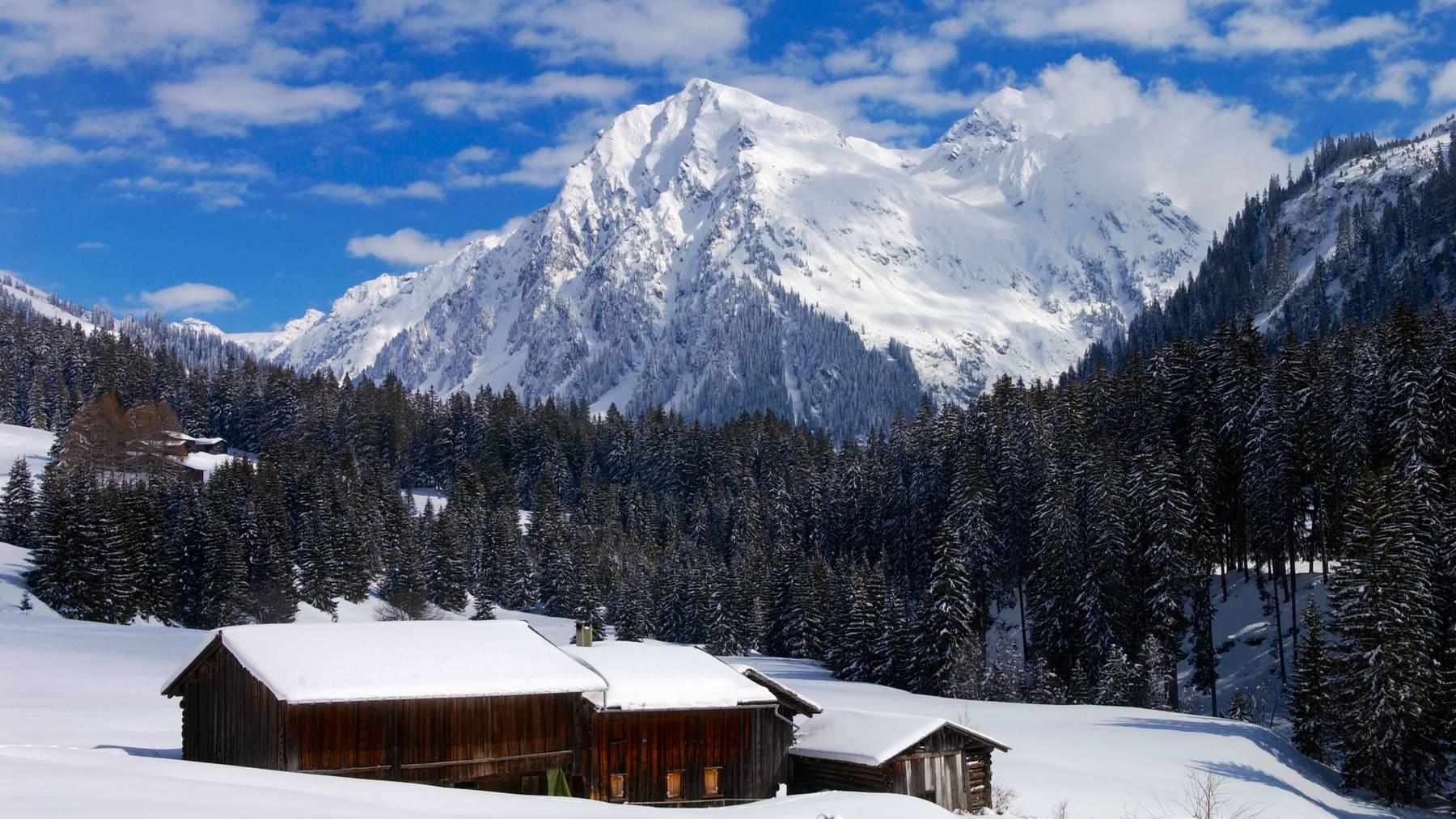 Die Schneefallgrenze ist auf 1500 Meter gesunken