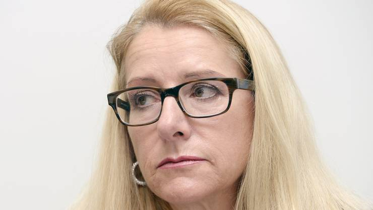 Während sich andere Neugewählte schüchtern an den Berner Politbetrieb herantasten, will Therese Schläpfer das Bundeshaus mit einem Medientross entern.