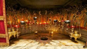 Der Stern in der Geburtskirche in Bethlehem markiert die traditionelle Geburtsstelle Jesu Christi.