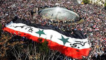 Tausende Assad-Anhänger demonstrierten am Sonntag gegen die Arabische Liga in Damaskus (Archiv)