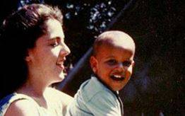 Der kleine Obama in den 1960ern: Auf seiner Facebook-Seite zeigt Barack Obama auch ein Foto aus seiner Kindheit.