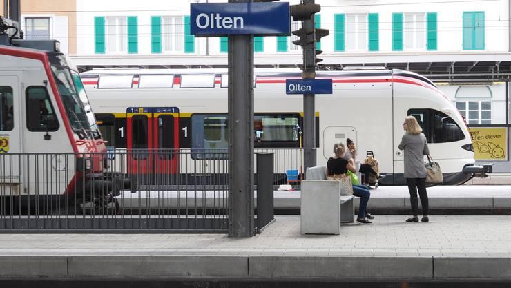 Änderungen am Bahnhof Olten: Mit dem neuen Fahrplan wird es ab 22 Uhr weniger Zugverbindungen geben.